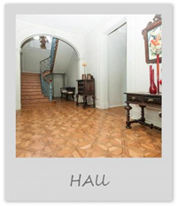 Large Holiday Villa - Hall